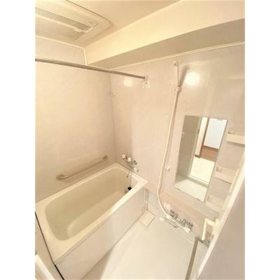 【浴室】パロス新富町(パロスシントミチョウ)