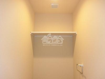 トイレの上棚・ガーデンケヤキ