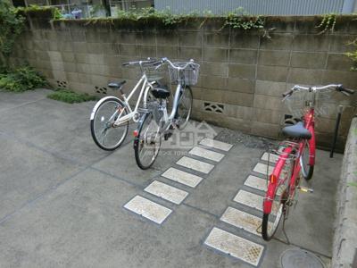 駐輪スペース・アンビエンス