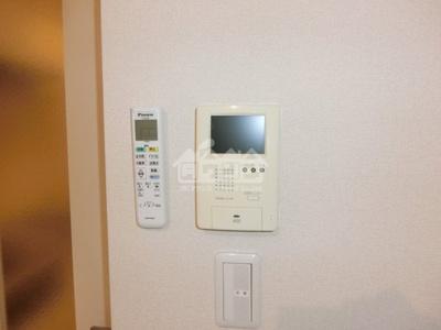 同建物反転間取り参考写真TVモニターフォン・アンビエンス