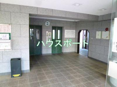 【エントランス】桂川ハイツ3号館