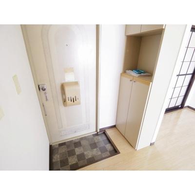 【玄関】タウニィ稲葉 SE棟