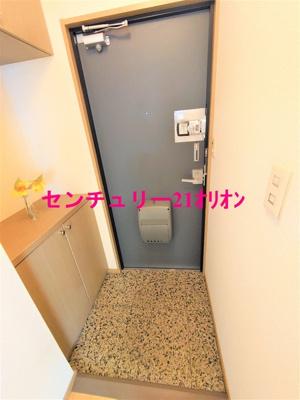 【玄関】シルトクレーテ中野-101
