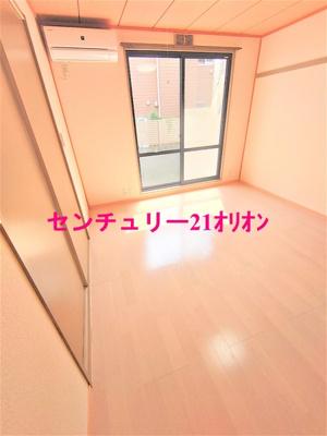 【洋室】シルトクレーテ中野-101