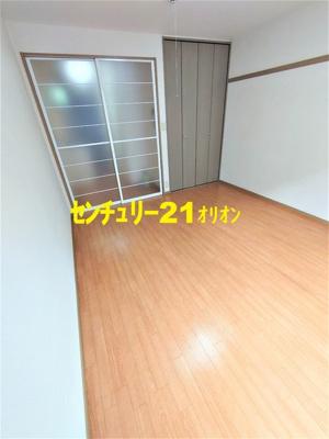 【洋室】シルトクレーテ中野-105