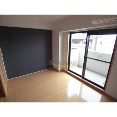【寝室】コスモプレミアムベイ大阪