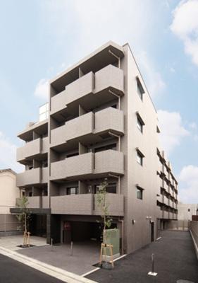 京急本線「梅屋敷」駅より徒歩10分のマンションです
