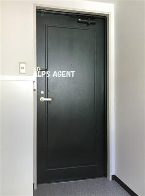 シューズボックス付の玄関