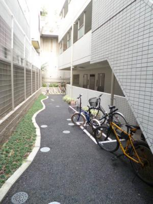 【駐車場】スカイコート文京白山第5