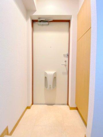 玄関です。(※別室写真参照)