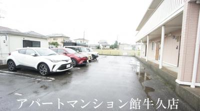 【駐車場】アークグレイスⅢ