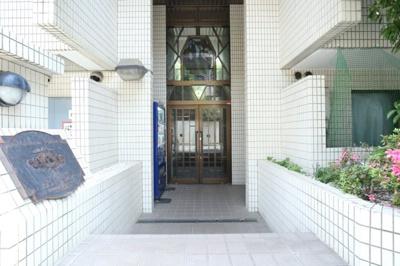 【エントランス】メゾン・ド・ポルトレー