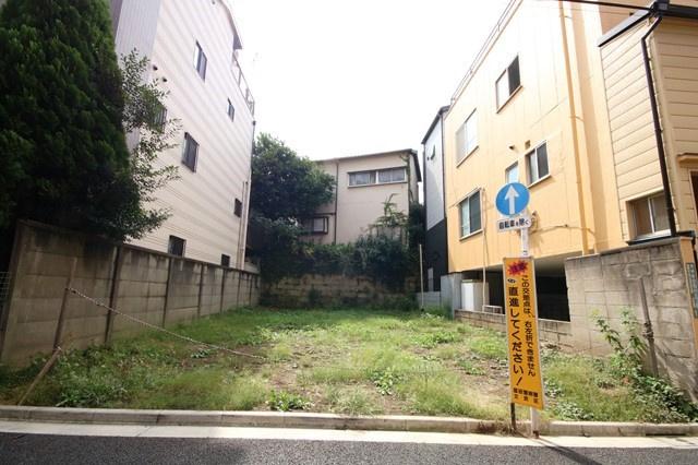 小石川エリアでは希少な31坪超の整形地です