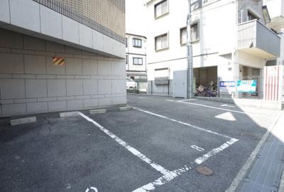 【駐車場】メゾンリルオート御影