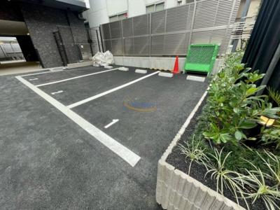 【駐車場】コンフォリア・リヴ新大阪Q