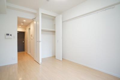 ※参考同一間取りの6階の写真です。広めの洋室がうれしいですね♪