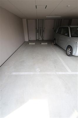 【駐車場】エステムコート難波サウスプレイスⅣパークグレイス