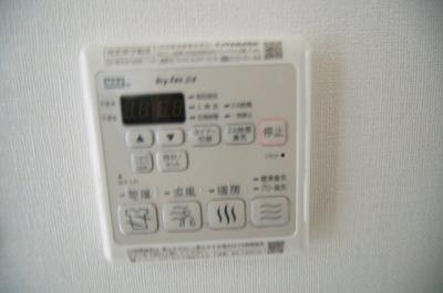 雨の日に嬉しい浴室換気乾燥暖房機