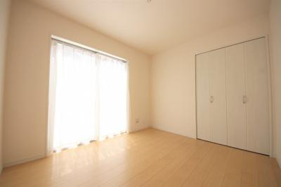 1号棟 きれいな洋室です