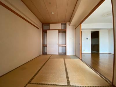 ~室内写真~ 日本らしい落ち着いた雰囲気の和室です