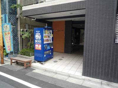 【エントランス】グランティアラ東京EAST