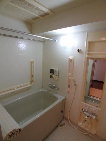 ゆったりの浴室