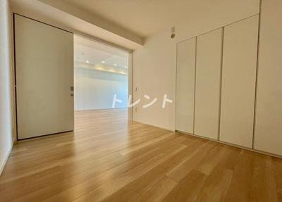 【寝室】富久クロスコンフォートタワー【TomihisaCrossComfortTower】