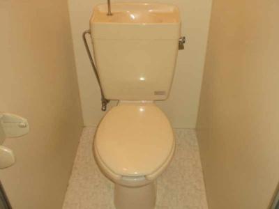 トイレ・お風呂のセパレートタイプです!