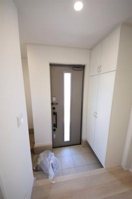 7号棟 毎日通る玄関はこちらです