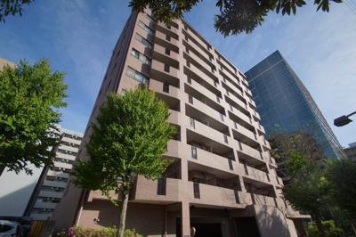 新横浜駅徒歩4分のマンションです