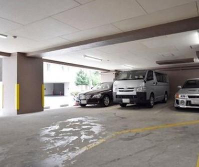 ニックハイム大森海岸の駐車場です。