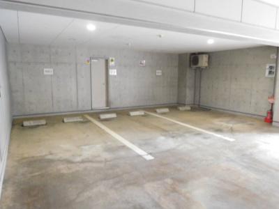 【駐車場】フォルマーレ新中野