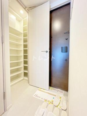 【玄関】ザパークワンズ山吹神楽坂