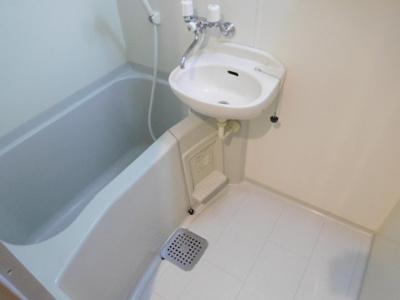 【浴室】カーサカスターニャ