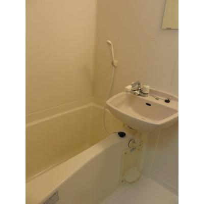 【浴室】ブルーム石垣