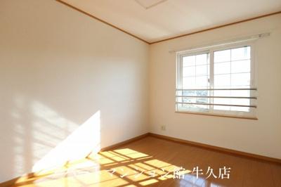 【寝室】レジデンスさくら台F