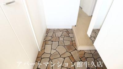 【玄関】アイリス