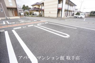 【駐車場】シャンボア 3