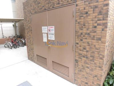 【駐車場】プレサンス新大阪コアシティ