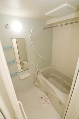 【浴室】Modessa K