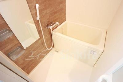 【浴室】アドバンス新大阪6ビオラ