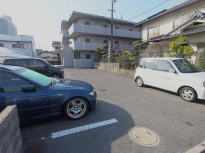【駐車場】シャローム村岡