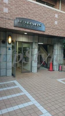 【エントランス】ル・リオン上野ステーションコート