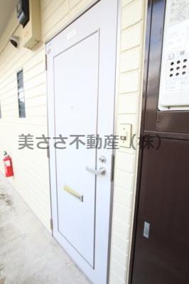 【玄関】ウィニングコーポ