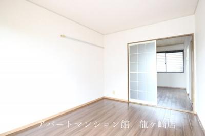 【居間・リビング】シェリールアタゴⅡ