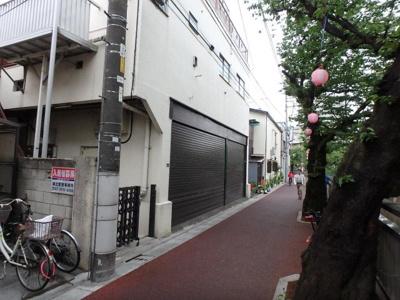 【外観】山岸荘駐車場