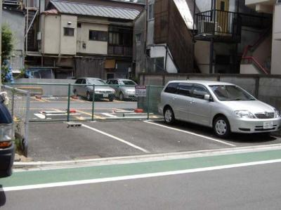 【外観】ファインホーム駐車場