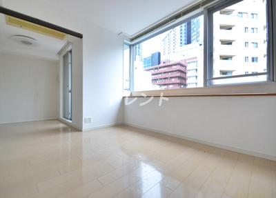 【居間・リビング】ラコント新宿セントラルパークアパートメント