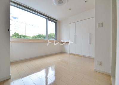 【寝室】ラコント新宿セントラルパークアパートメント
