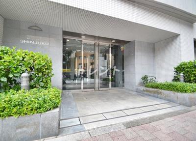 【エントランス】ラコント新宿セントラルパークアパートメント